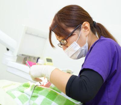 国家資格を持った歯科衛生士を担当制